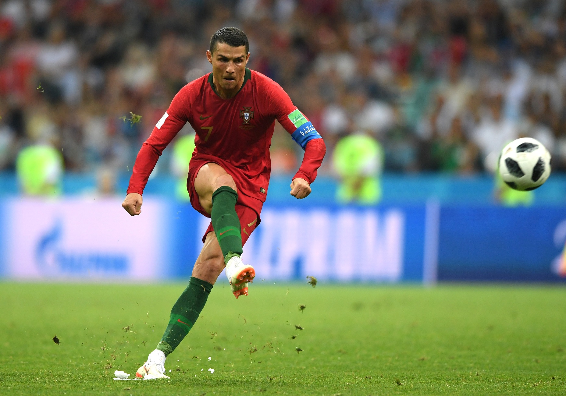 Cristiano Ronaldo Images Wallpapers In Hd Download For Mobile