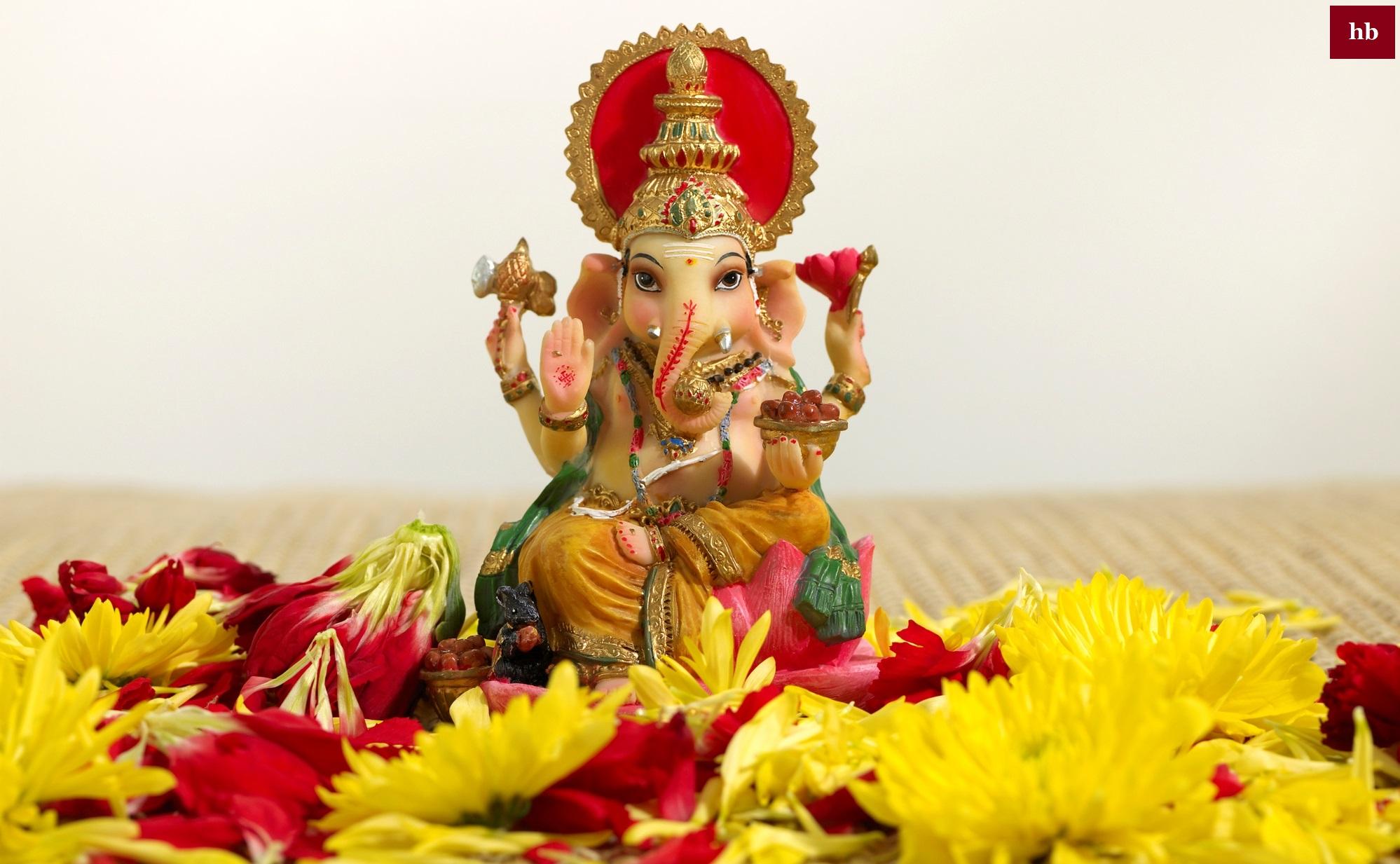 Ganesha Images Lord Ganehsha Wallpapers Lord Ganesha Images Download Vinayagar Photos Hd Wallpapers